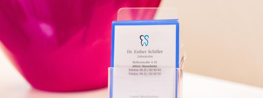Öffnungszeiten der Praxis Dr. Schiller